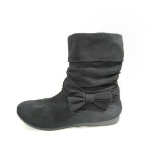 Black Bowtie Slouch Booties